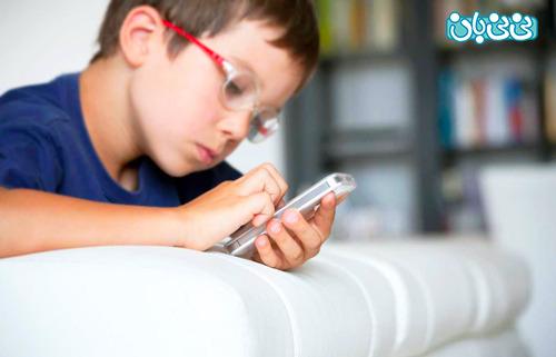 از چه سنی برای کودک موبایل بخریم؟