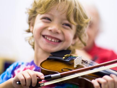 فواید موسیقی برای کودکان