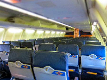 5 توصیه برای مسافرت با هواپیما در بارداری