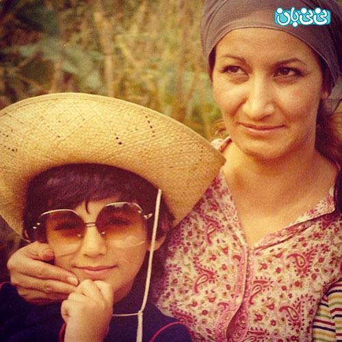 عکس مهراب قاسم خانی و مادرش، بیشتر از ربع قرن پیش