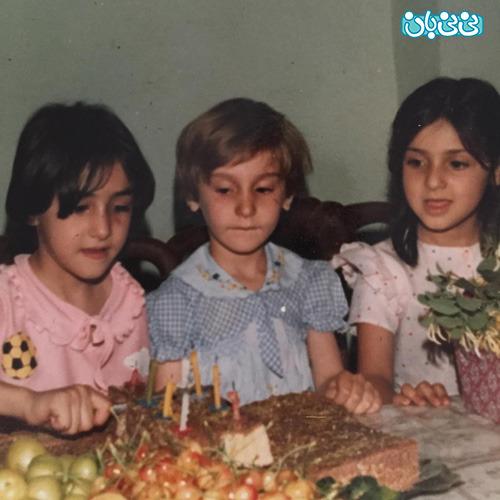 عکس هانیه توسلی و مادرش، 35 سال پیش