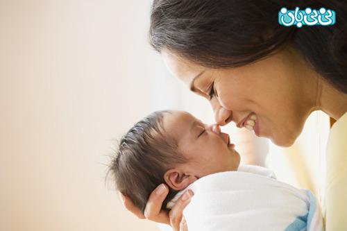 اهمیت تغذیه با شیر مادر در بدو تولد