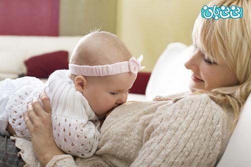 شیر آغوز از عفونت کودکان پیشگیری می کند؟