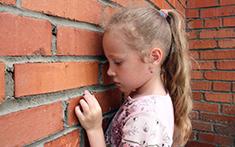 راهکارهای پیشگیری از کودک آزاری، والدین بخوانند