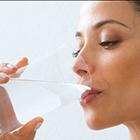 دلایل زایمان زودرس، زیاد آب بنوشیم؟