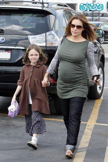 عکس آلیسا میلانو، بعد از مادر شدن!