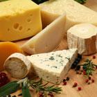 خوردن پنیر در بارداری، خطرناک است؟