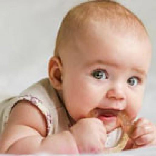 سن دندان درآوردن نوزاد، دیر شده؟