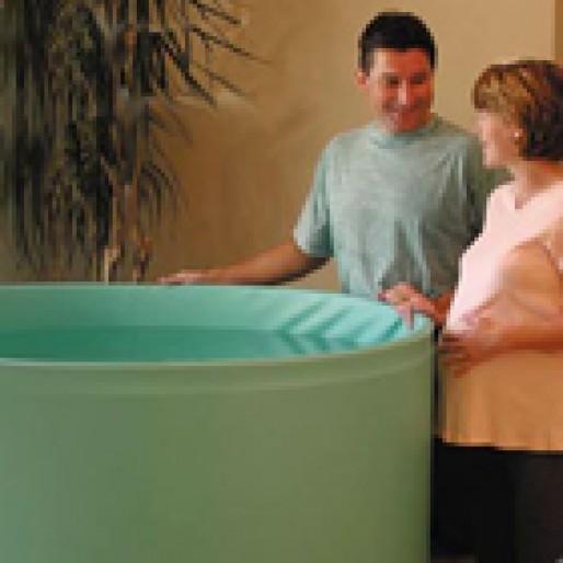 فواید زایمان در آب، واسه نوزاد خوبه؟