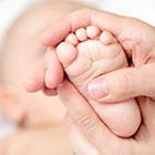 ماساژ نوزاد، درباره فوایدش چه میدانید؟