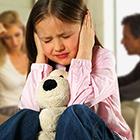 دعوای مادر و پدر، چرا بچه ها اذیت می شن؟