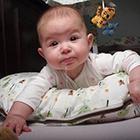 استفراغ نوزاد، باید دکتر ببرمش؟