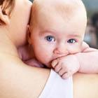 گرفتن باد گلوی نوزاد، بهترین روش