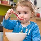 نحوه غذا خوردن کودک، چه کارهایی بهتره؟