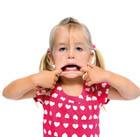 آفت زدن دهان کودک، علت