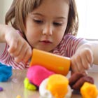 علائم اوتیسم در کودکان، میتونه مدرسه عادی بره؟