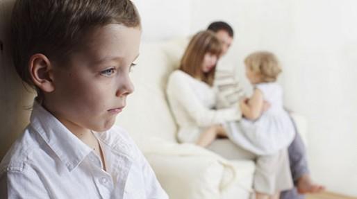 حسادت بچه اول به دوم، راهکار درمانی