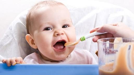 شروع تغذیه تکمیلی، از چند ماهگی؟