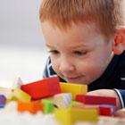 تشخیص اوتیسم کودک، فقط جیغ میزنه!