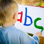 آموزش زبان به کودک، براش سنگین نیست؟
