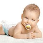 پستانک دادن به نوزاد، مزایا و معایب