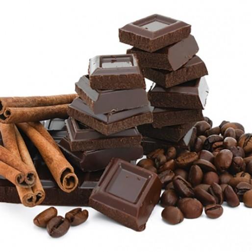 تغذیه در دوران بارداری، شکلات بخوریم یا نه؟