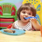 تغذیه مناسب بچه ها، حواستان به استقلالش باشد