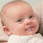 رفلاکس معده در نوزادان، علت و درمان