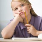 علت بی دقتی کودکان، چرا حواس پرتی دارند؟
