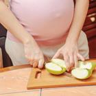 خوردن سیب در بارداری، فواید