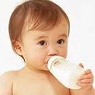 روش گرفتن شیشه شیر از بچه، چیکار کنم؟