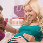 اولین حرکت جنین در شکم مادر