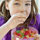بیش فعالی در کودکان، تاثیر تنقلات