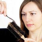 دلایل ریزش مو در زنان، چقدر طبیعی است؟