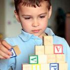علائم ابتلا به اوتیسم در کودکان، راه درمان