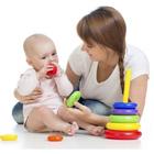 نوزاد از کی اشیا را میگیرد؟