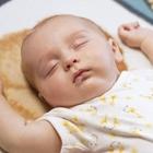 خواب نوزاد چگونه باید باشد؟