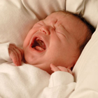 چرا نوزادان گریه می کنند؟