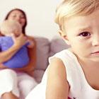 مشکلات شیردهی به نوزاد، بچه اولم حسودی میکنه