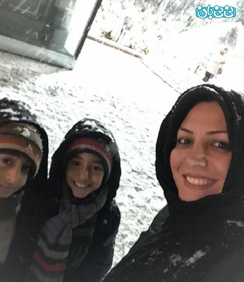 اینستاگرام المیرا شریفی مقدم، برف بازی با پسرها