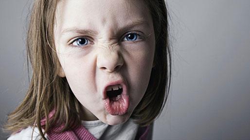 پرخاشگری در کودکان، عوارض داروهاست؟
