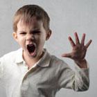 چگونه با کودک اوتیسم رفتار کنیم؟