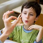 لکنت زبان در کودکان، عامل ژنتیکی دارد؟