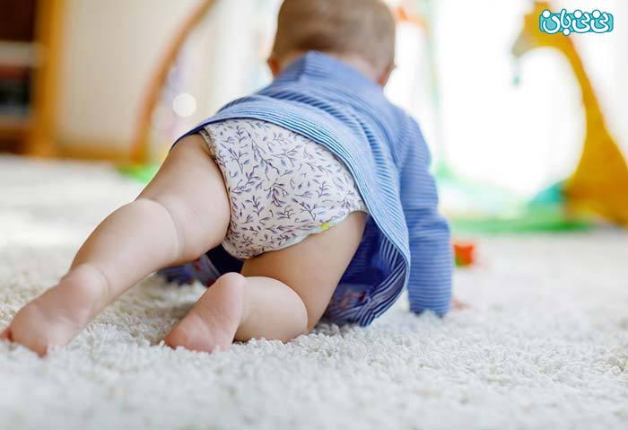 روش کمک به چهاردست و پا رفتن نوزاد