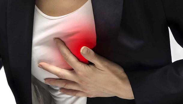 علت درد پستانها، پریودی است یا بارداری؟