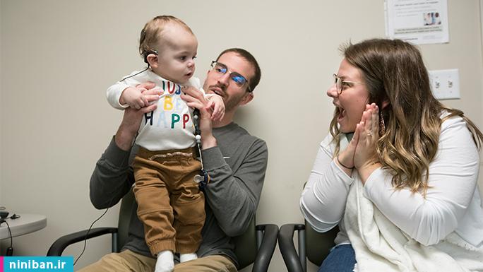 علائم کم شنوایی در نوزادان