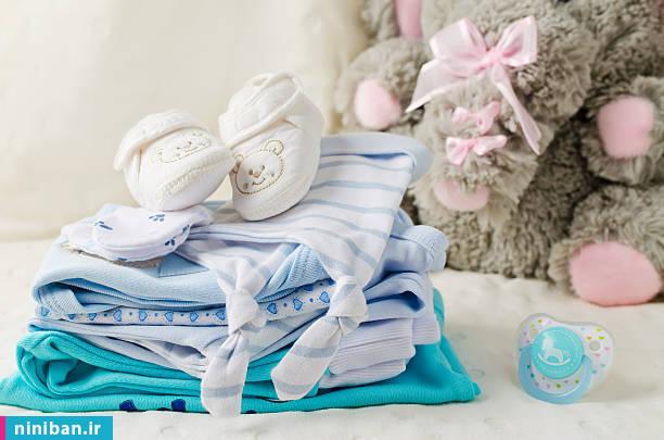تاپ شلوارک نوزادی، نکاتی که هنگام خرید لباس نوزاد باید بدانیم