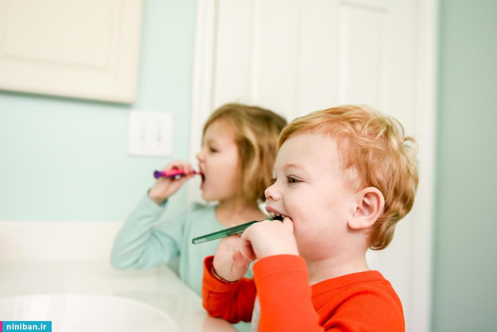 مسواک انگشتی کودک چه زمانی مورد استفاده قرار میگیرد؟