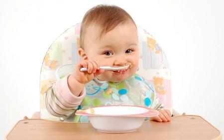 غذای کودک عسل
